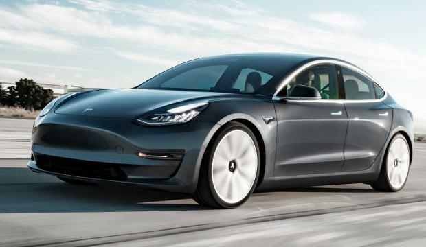 Tesla, Model 3 araçların satışlarını durduruyor