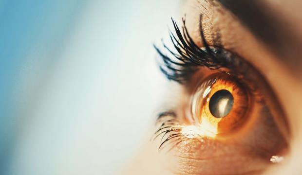 Göz seğirmesini nasıl geçer? Göz seğirmesine iyi gelen doğal tedavi yöntemleri...
