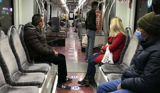 O ilde tramvaylarda koronavirüse karşı 'konuşmayalım' uyarısı!