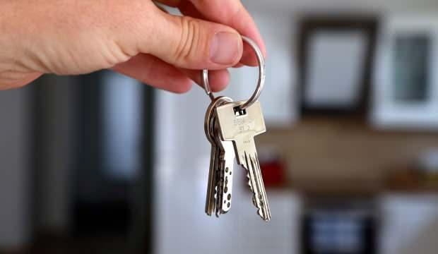 Ev sahiplerinden pes dedirten hareket: Düzenli maaşı olmayana ev yok!