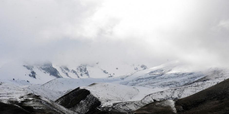 Türkiye'nin gözde kayak merkezleri beyaza büründü