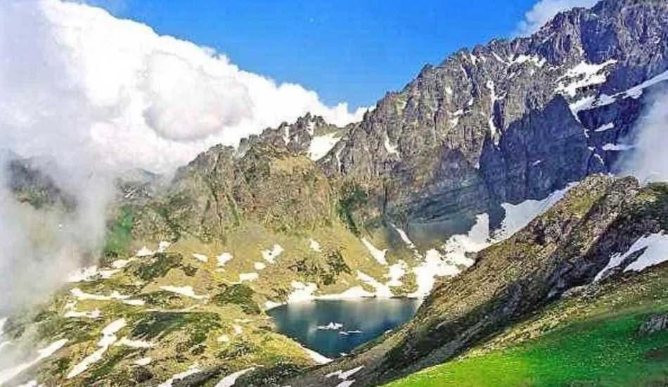 Karçal Dağı nerede? Karadeniz'in 'ikinci Sümela'sı' restore edilecek