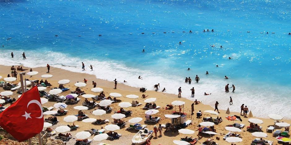 Türkiye 10 ayda 14 milyon turist ağırladı