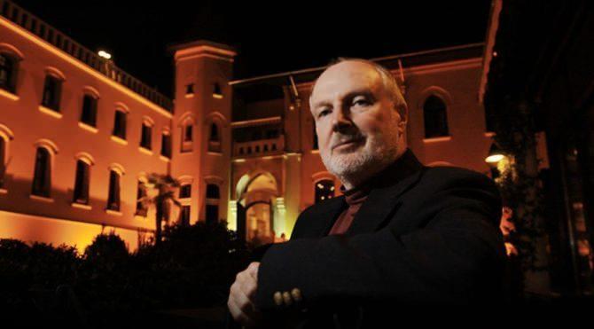 Eski CIA Ortadoğu Masası şefi Graham Fuller.