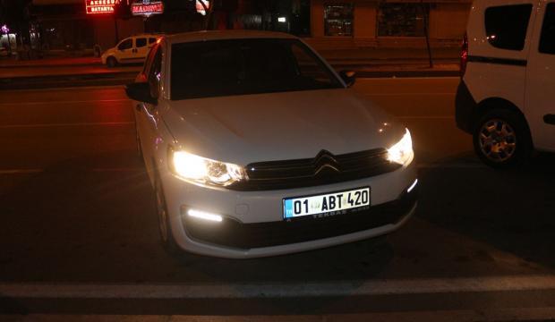 Adana'da maske takmayan sürücüye ceza uygulandı