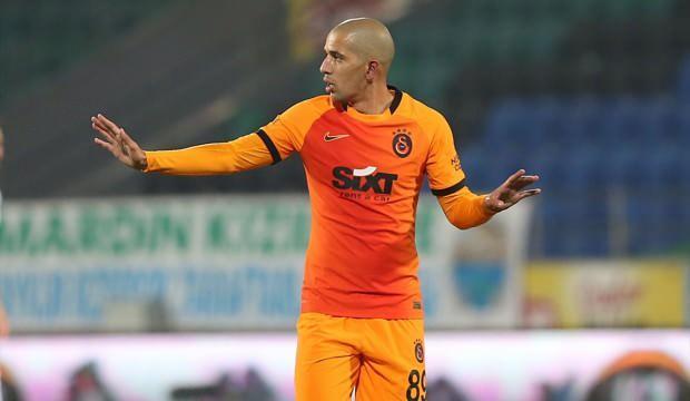 Galatasaray'da Feghouli sahaya indi!