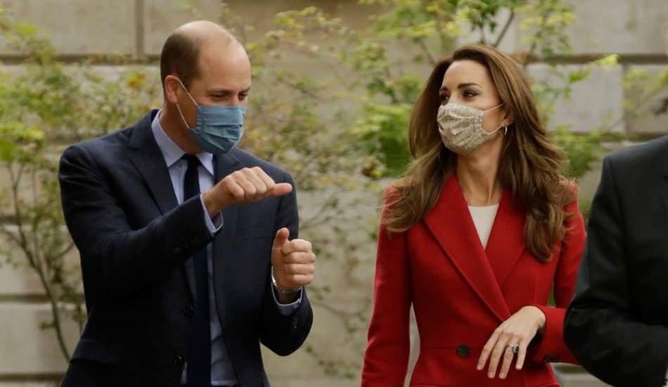 İngiliz Kraliyet ailesinin genç çifti Prens William ve Kate Middleton'dan örnek davranış!