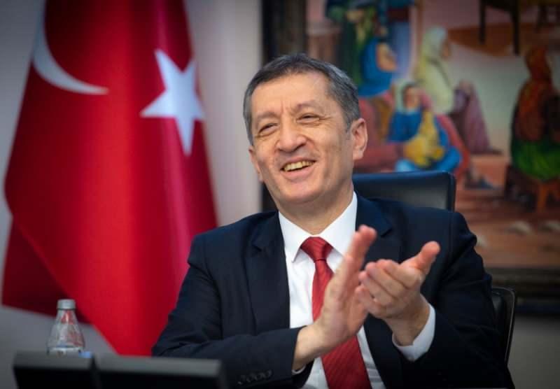 Son dakika: Milli Eğitim Bakanı Ziya Selçuk'tan veliler ve öğrencileri rahatlatacak açıklama...