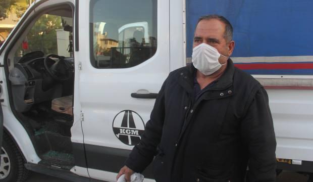 Namaz kılmaya gitti, kamyonetinden 21 bin lirası çalındı