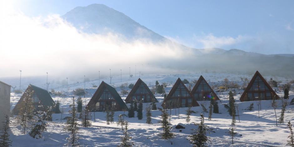 Ne Norveç ne İsveç kışın gözdesi Sivas'ın bungalov evleri