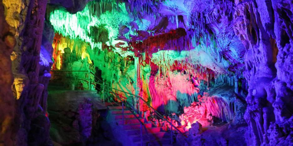 Şifa arayanların uğrak yeri Keloğlan Mağarası pandemide de ilgi görüyor