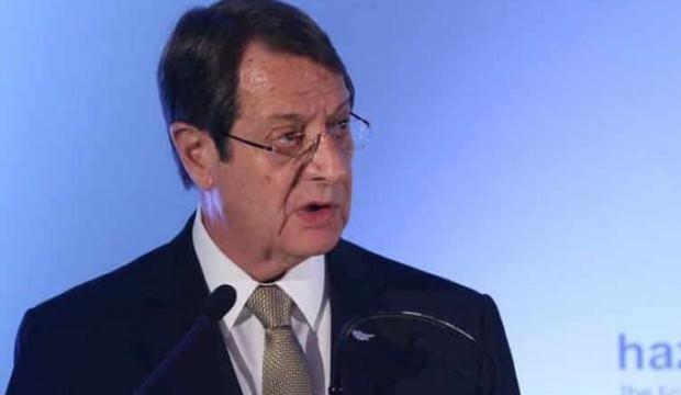 Güney Kıbrıs'ta kriz patlak verdi