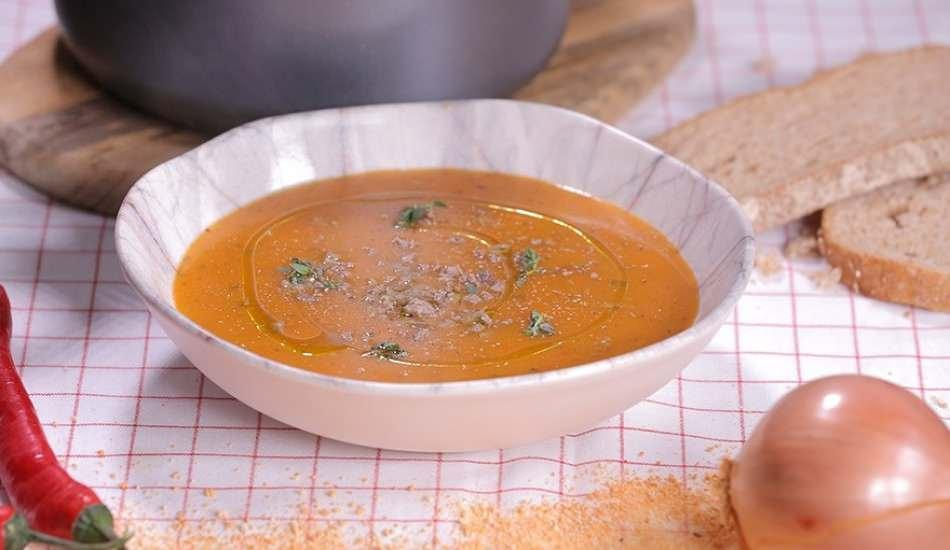 Kıymalı tarhana çorbası nasıl yapılır? Şifalı ve çok lezzetli kıymalı tarhana çorbası tarifi