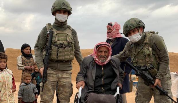 Mehmetçik'ten Suriyeli ihtiyaç sahiplerine kışlık yardımı