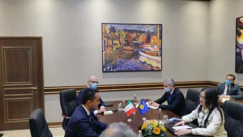 Kosova Covid-19 aşısı için İtalya'dan yardım istedi