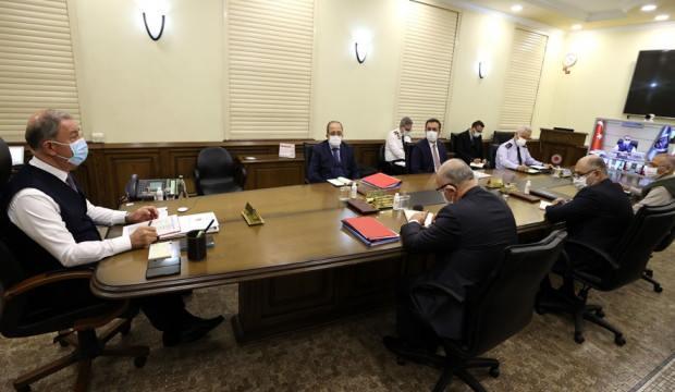 Bakan Akar'dan son dakika açıklaması: Bir general 35 subay Azerbaycan'da!