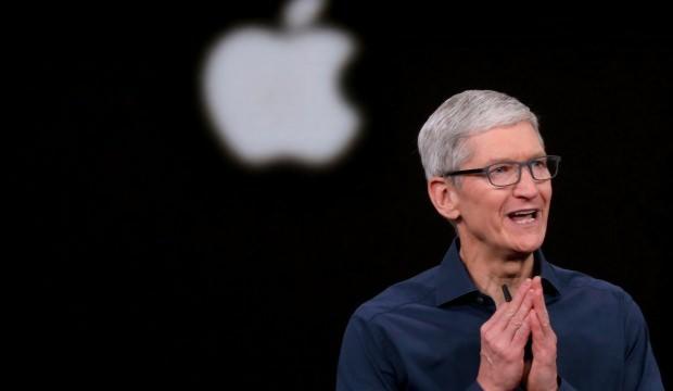 Apple CEO'su yüzde 28 daha fazla kazandı