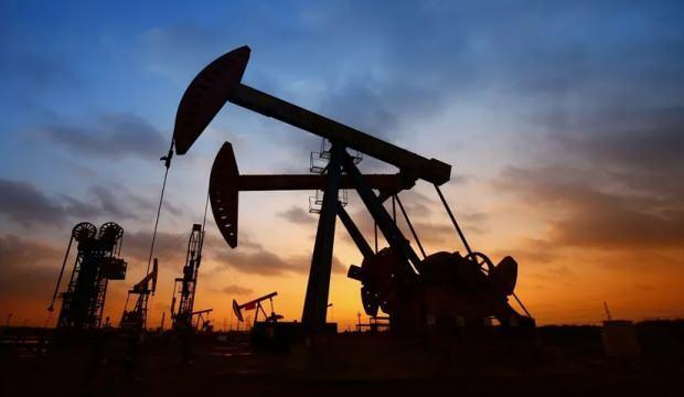 Petrol fiyatı 24 Şubat'tan bu yana ilk kez 57 doları geçti