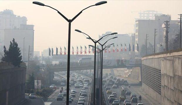 Tahran'da hava kirliliğinin riskli düzeyde