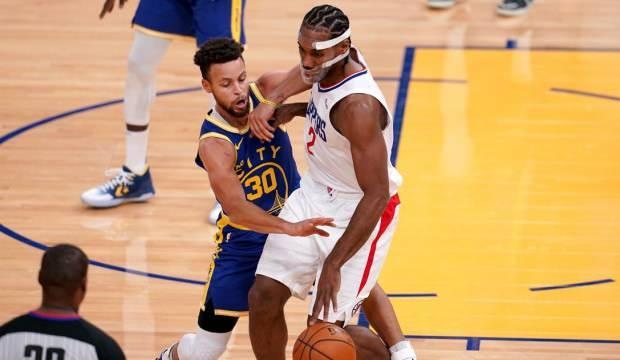 Warriors, 22 sayı geriden gelerek kazandı