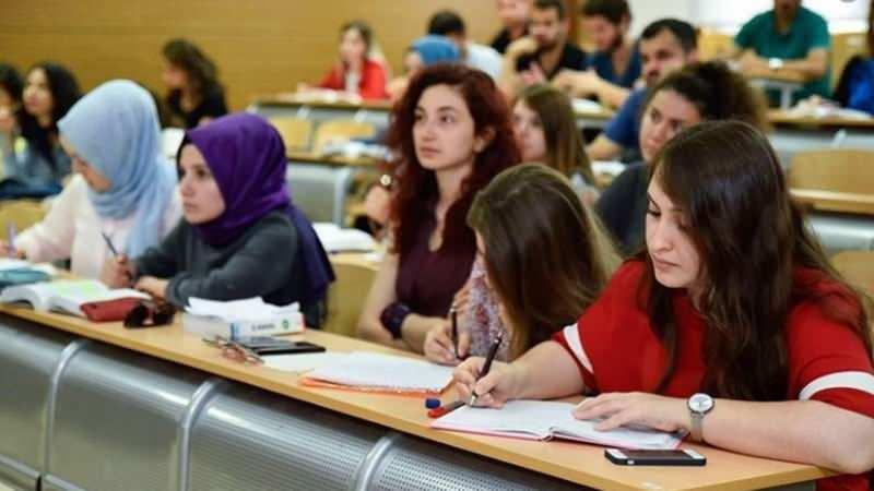 Üniversiteler ne zaman açılacak? Yekta Saraç'tan son dakika açıklaması: Eğer açılırsa...