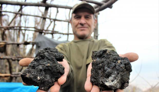 Gökten başına resmen servet yağdı! Ağırlığı 5 kilodan fazla olan taşları satmayı planlıyor