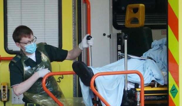 İngiltere'de hastaneler alarmda: 30 saniyede bir yeni vaka geliyor