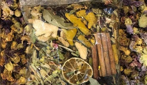 Kar yağışıyla talebin arttığı kış çayının kilogramı 100 TL'den satılıyor!