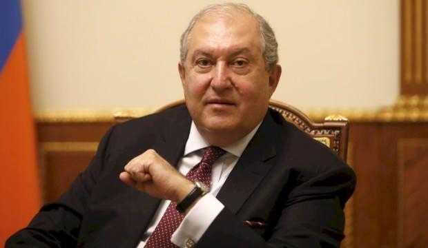 Koronavirüse yakalanan Ermenistan Cumhurbaşkanı hastaneye kaldırıldı