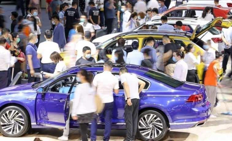 Almanya'nın en büyük otomobil üreticilerinin 2020 ihracatının yüzde 38'i Çin'e