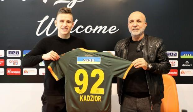 Alanyaspor, Kadzior'a imzayı attırdı!