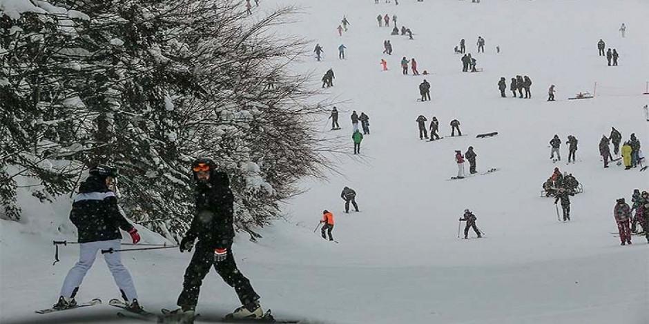 """""""Olimpiyat şehri"""" Saraybosna'nın kayak merkezleri ziyaretçilerini bekliyor"""