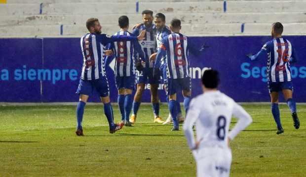 Real Madrid, Kral Kupası'nda 2. lig takımına elendi!