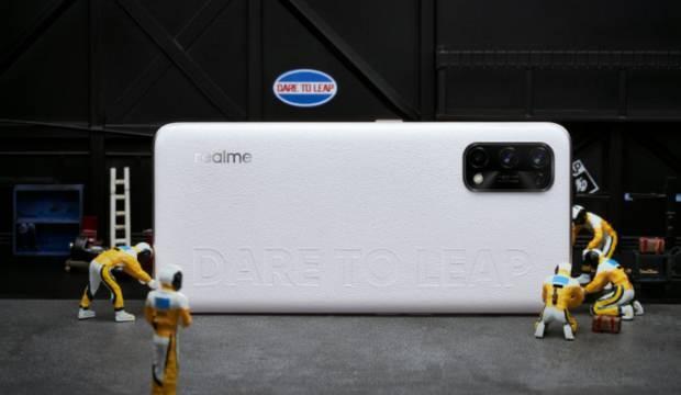 Realme Race Pro ilklerin telefonu olacak!