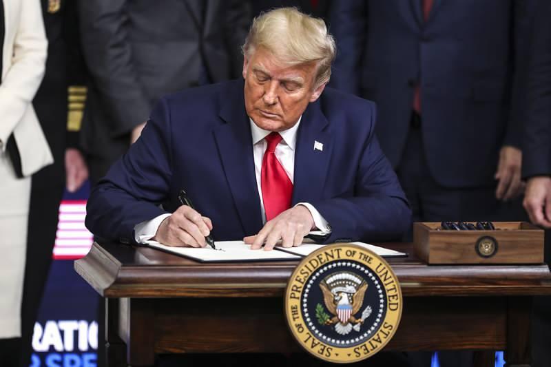 Son dakika: Trump'tan çok konuşulacak F-35 hamlesi! Görevinin son gününde imzayı attı...