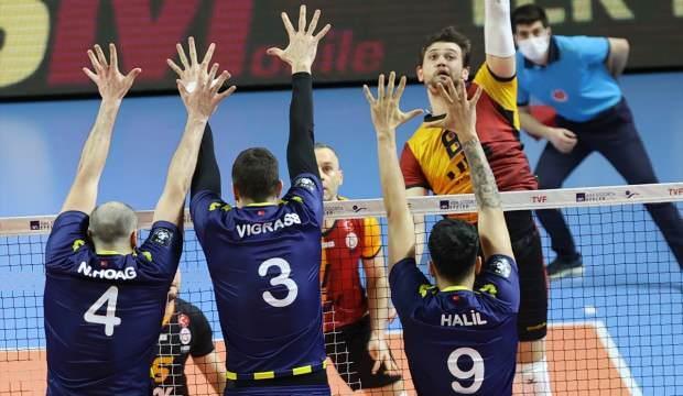 Fenerbahçe, Galatasaray'ın serisini sona erdirdi