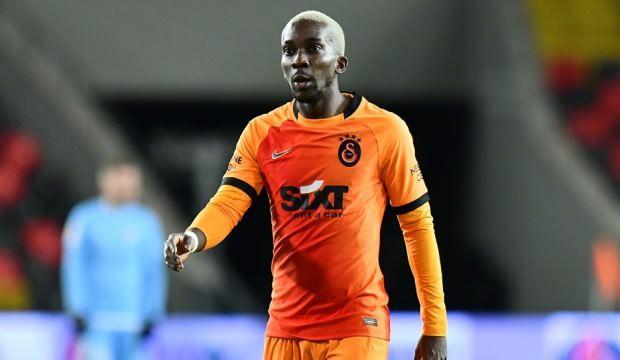Galatasaray'da Onyekuru antrenmanı tamamlayamadı!