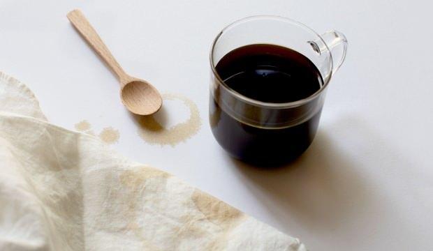 Kahve lekesi nasıl çıkar? Kıyafetlerden kahve lekesini temizleme yöntemleri...