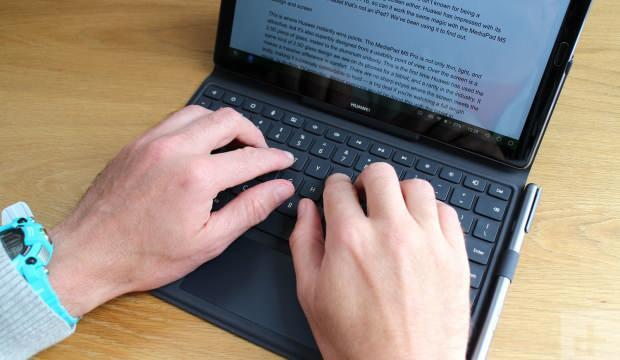 Laptop ve tablet satışları pandemide katlandı
