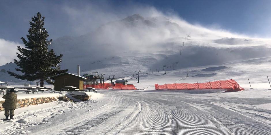 """""""Turizm başkenti""""nde kayak sezonu açıldı"""