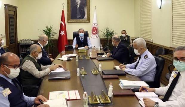 Bakan Akar: PKK yurt dışında ciddi şekilde sıkıştı