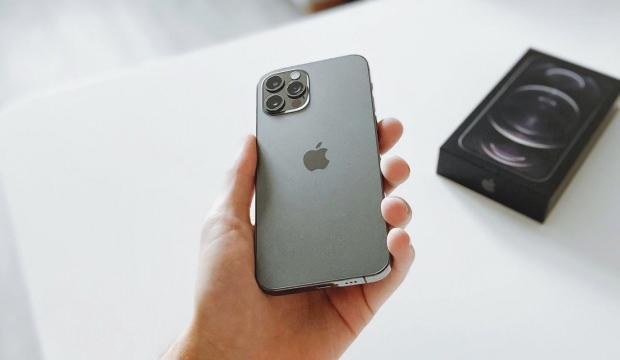 Apple çip kıtlığı nedeniyle iPhone 12 üretimini azaltabilir