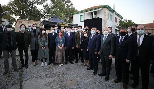 """Επίσκεψη από τον Αντιπρόεδρο Oktay στο σετ της τηλεοπτικής σειράς """"Once Upon a Time in Cyprus"""""""