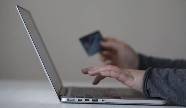 'İnternetten alınan ürün farklı gelirse, ücreti kargo şirketinden tahsil edilebilir'