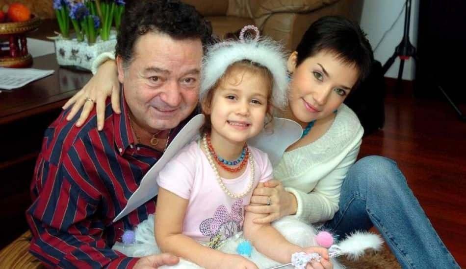 Kayahan ve İpek Açar'ın kızı Aslı Gönül Açar değişimiyle şaşırttı!