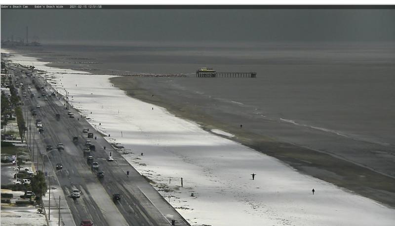 Teksas'ta sahil kar tuttu