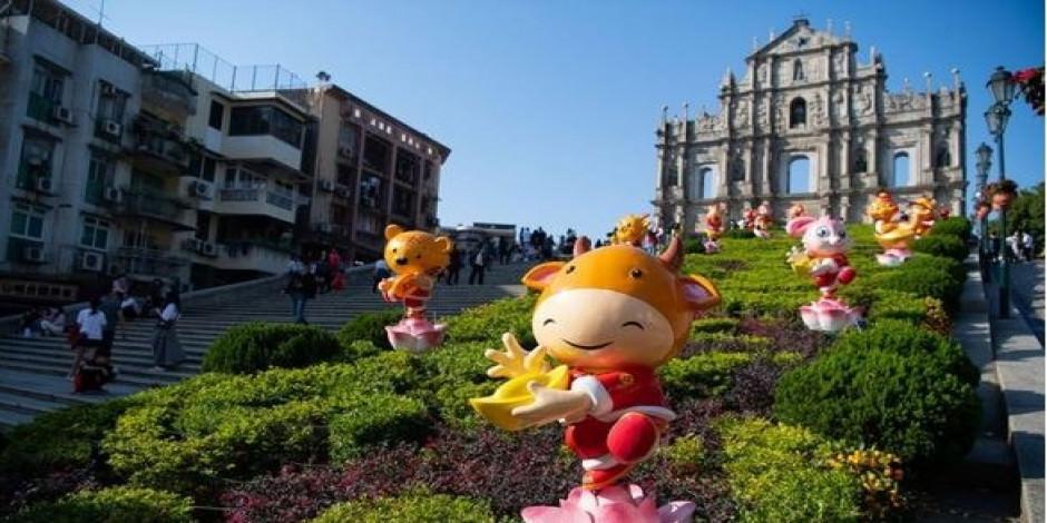 Bahar Festivali'ni kutlayan Macao'da turist sayısı arttı