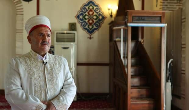 Hz. Kaab Camisi İmamı, madde bağımlıları ve evsizlerin umudu oldu