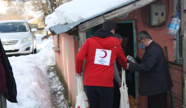 Kızılay gönüllüleri Yığılca'ya çıkartma yaptı