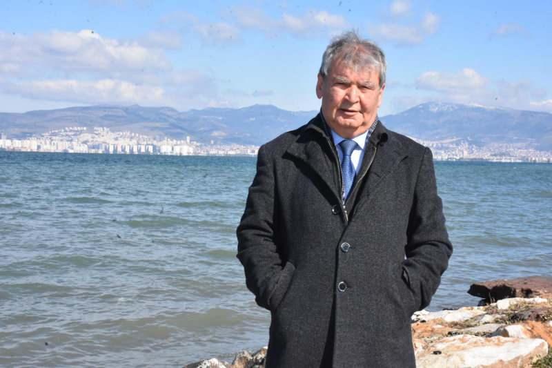 İzmir Dokuz Eylül Üniversitesi (DEÜ) Deniz Bilimleri ve Teknolojisi Enstitüsü Öğretim Üyesi Prof. Dr. Doğan Yaşar